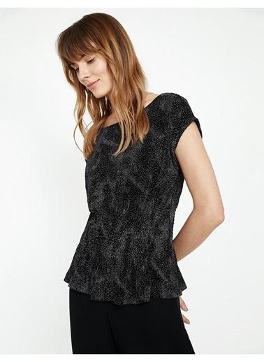 Koton Kısa Kollu Desenli Bluz Siyah